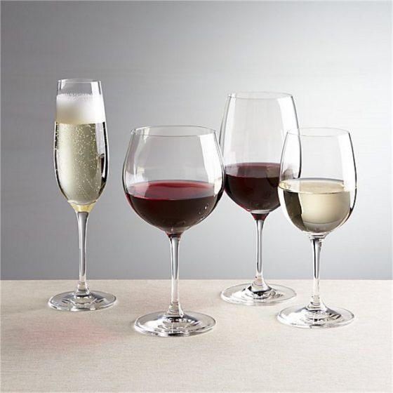 Столовое и крепленое вино